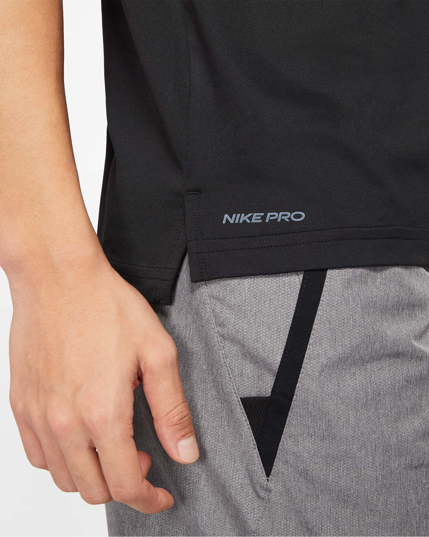 T-Shirt training NIKE PRO HYPER DRY M S5164272 scatto 5