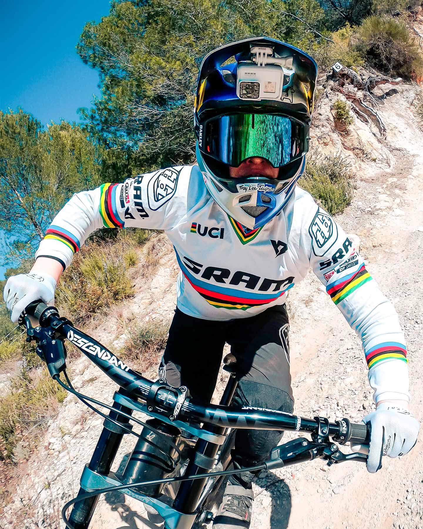 Videocamera GOPRO HERO7 BLACK LUNAR WHITE EDITION S4069615 1 UNI scatto 4