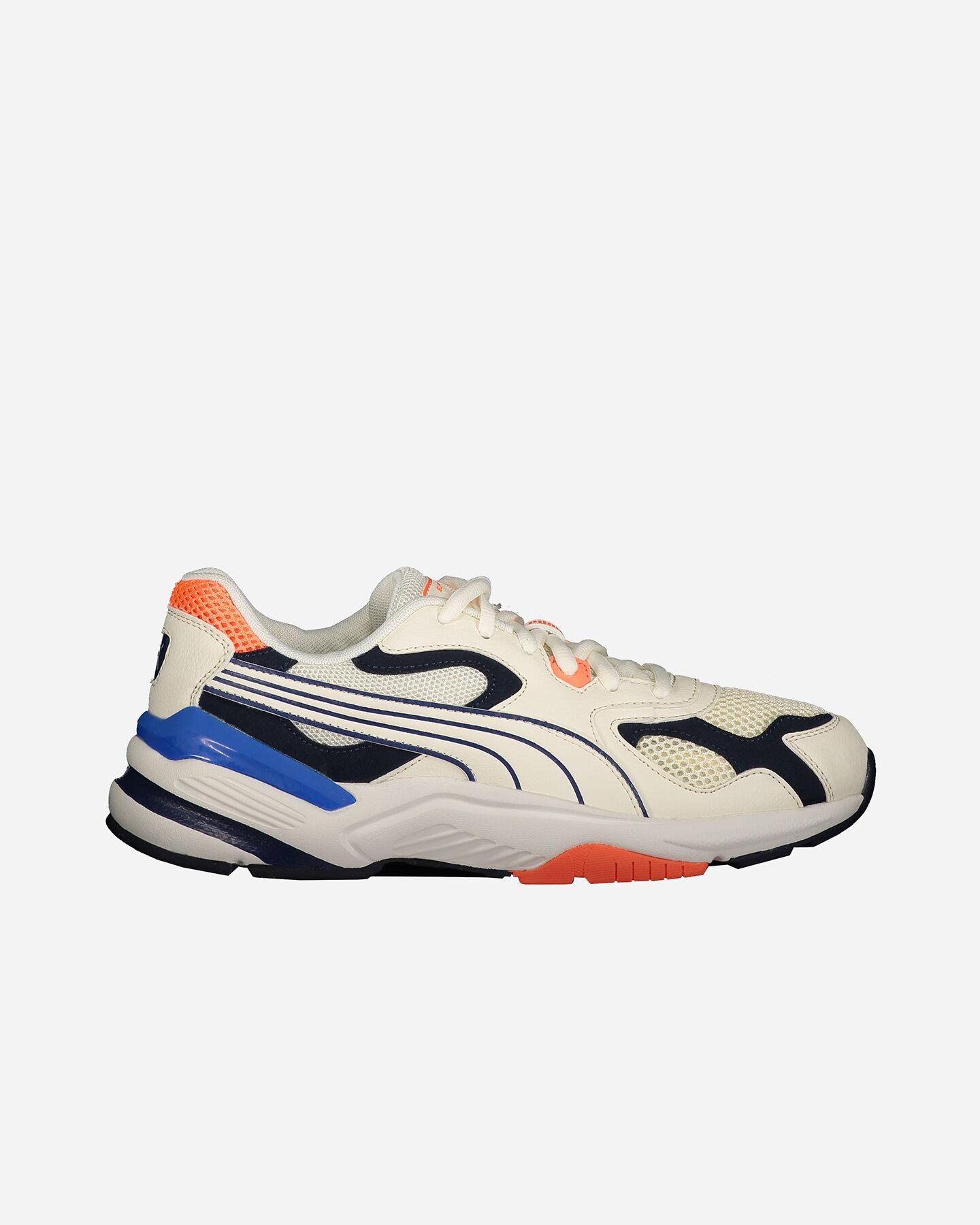 Scarpe uomo: sneakers, ciabatte, scarponi, ciaspole