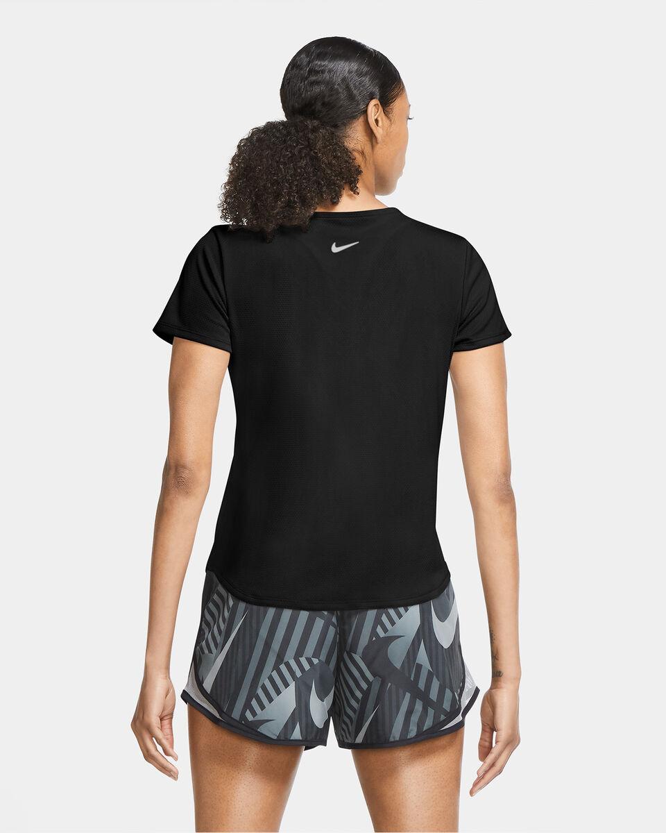 T-Shirt running NIKE SWOOSH RUN NERO W S5225348 scatto 3