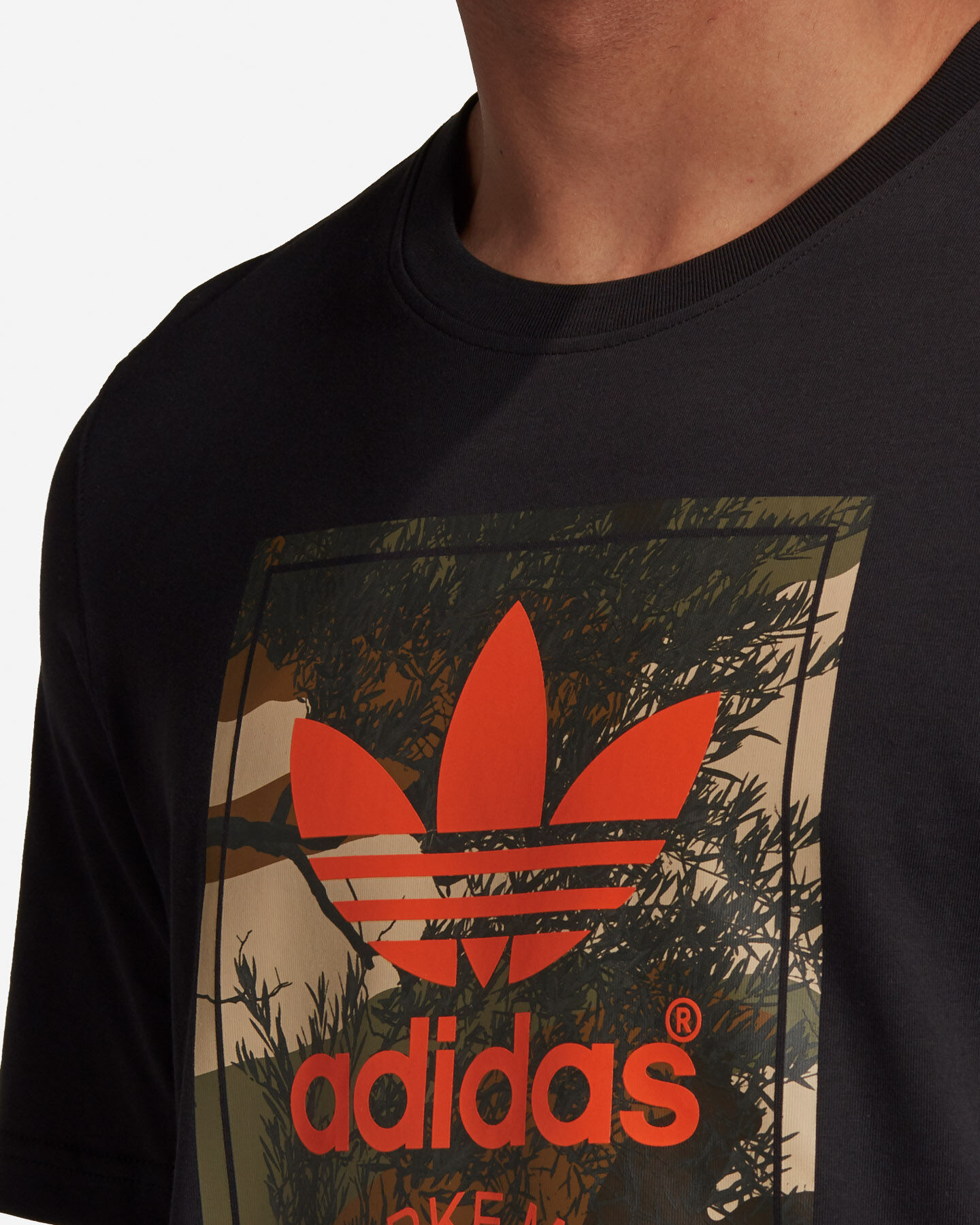 T-Shirt ADIDAS CAMO TONGUE M S5210681 scatto 5