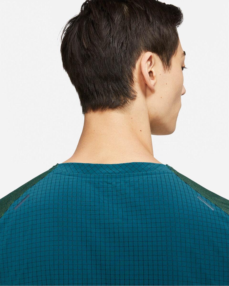 T-Shirt running NIKE RUN DIVISION PINNACLE M S5269962 scatto 8