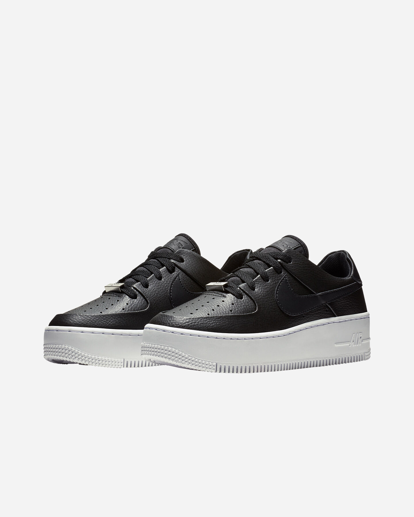 Scarpe sneakers NIKE AIR FORCE 1 SAGE LOW W S2011704 scatto 1