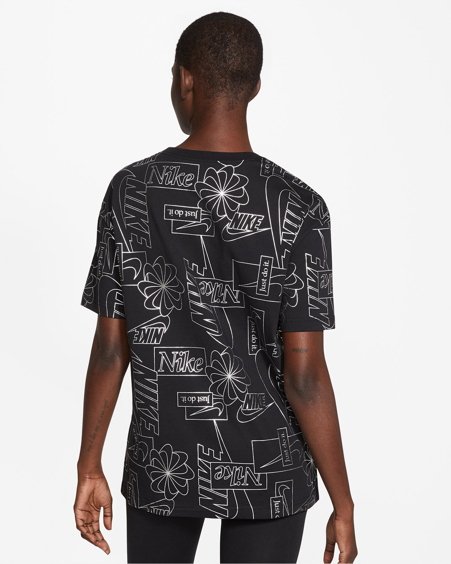 T-Shirt NIKE AOP W S5249522 scatto 3