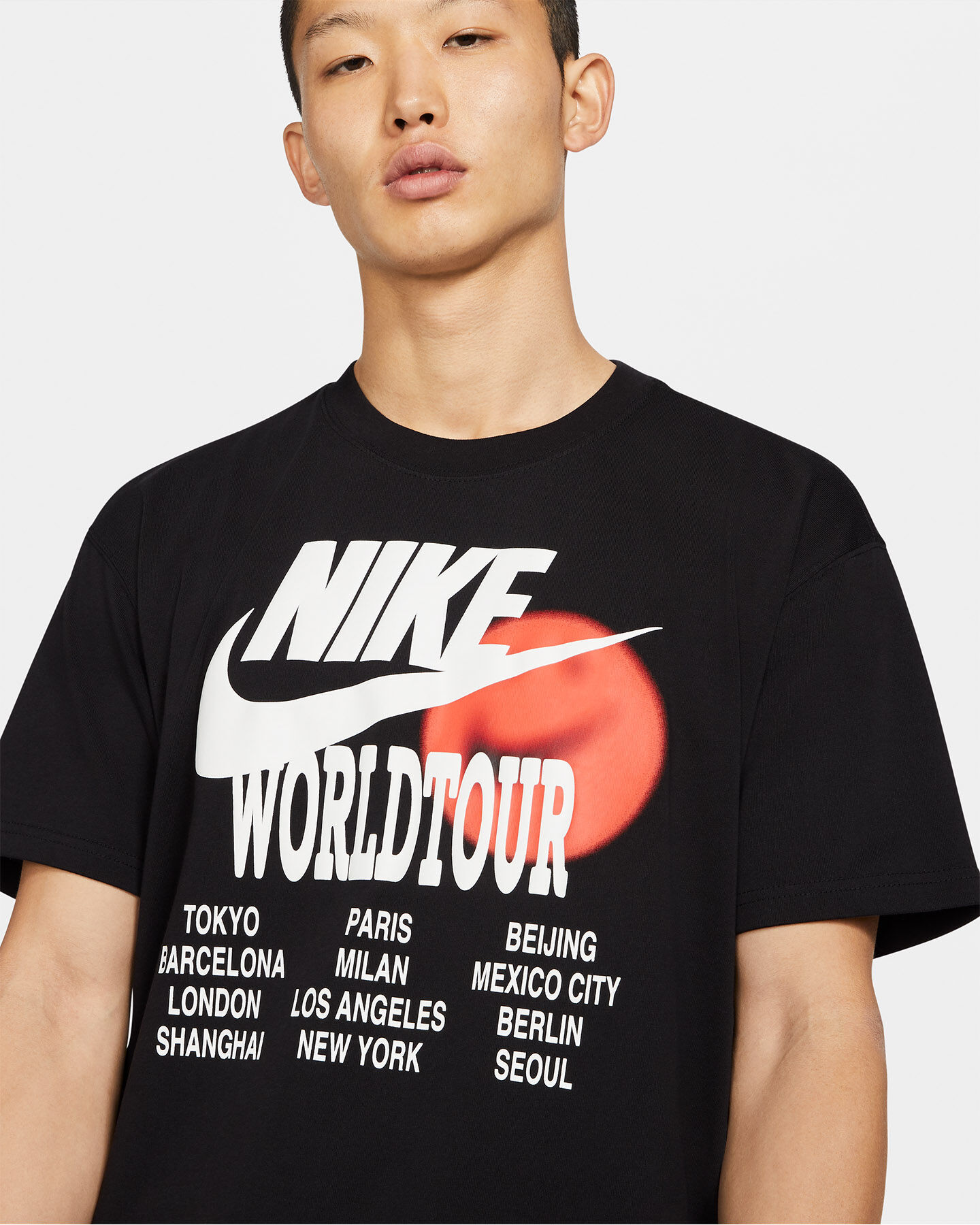 T-Shirt NIKE WTOUR GRAPHIC M S5267719 scatto 2