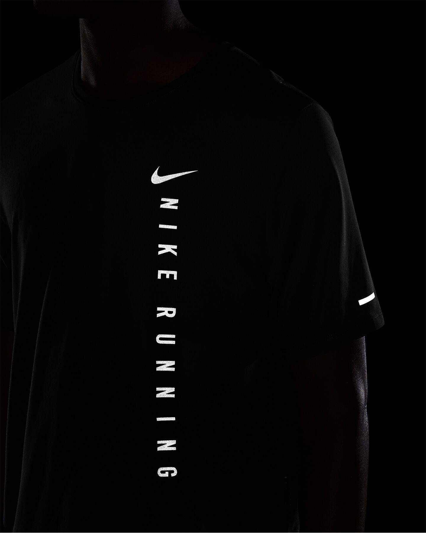 T-Shirt running NIKE RUN DIVISION MILER M S5299510 scatto 3