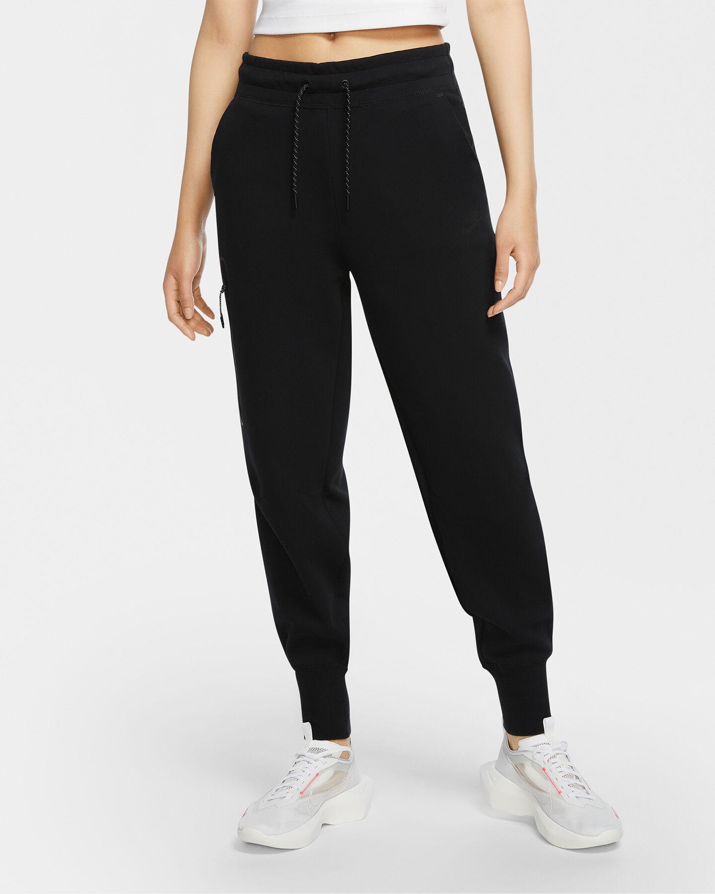 Pantalone NIKE TECH FLEECCE W S5223407 scatto 2