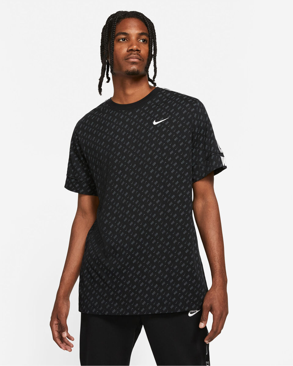 T-Shirt NIKE REPEAT ALL OVER M S5270641 scatto 0