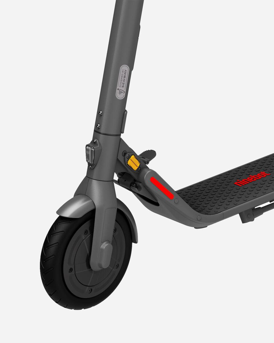 Scooter elettrico NINEBOT SEGWAY E22E S4084646|1|UNI scatto 3
