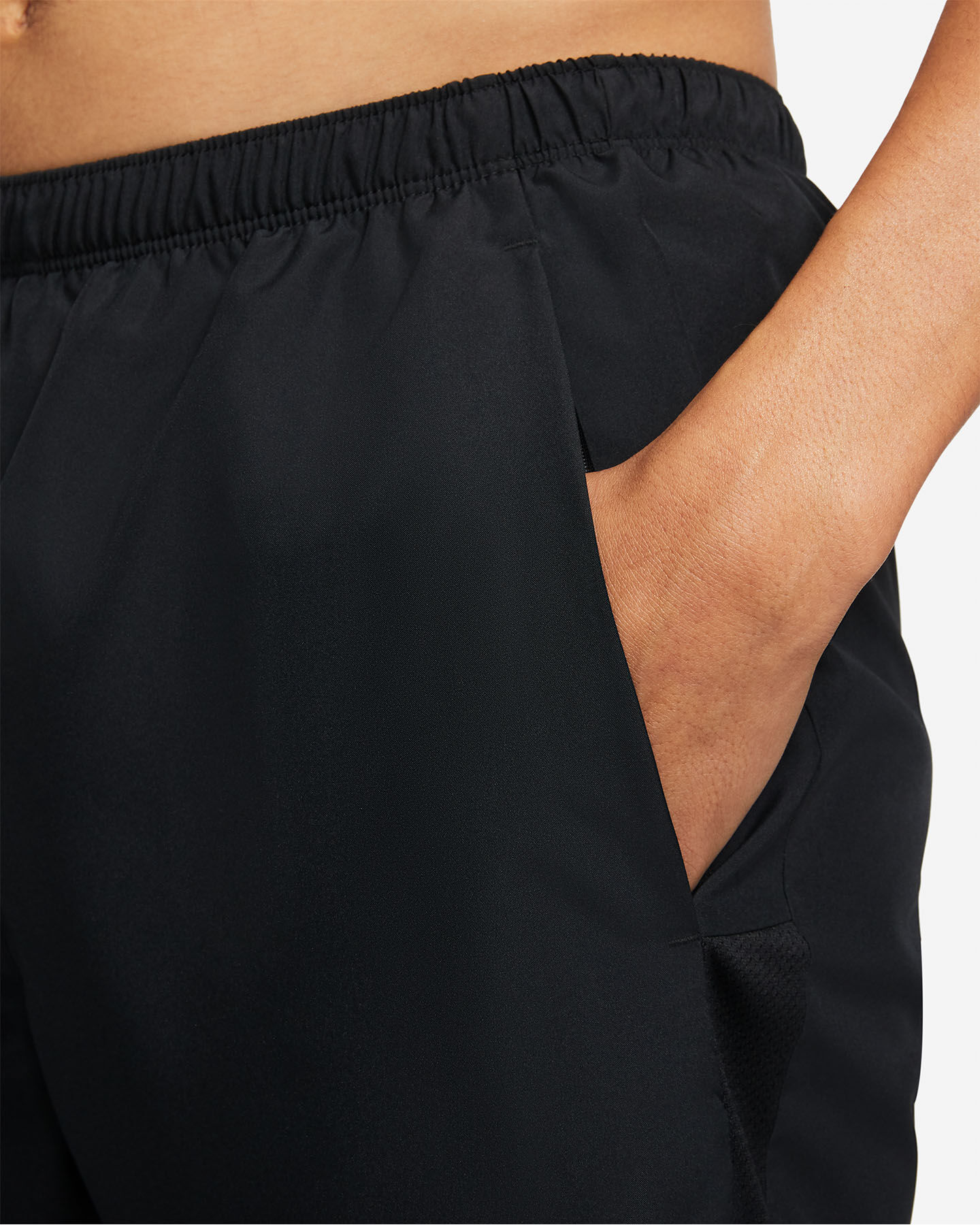 """Short running NIKE DRI-FIT CHALLENGER 2IN1 7"""" M S5269808 scatto 4"""