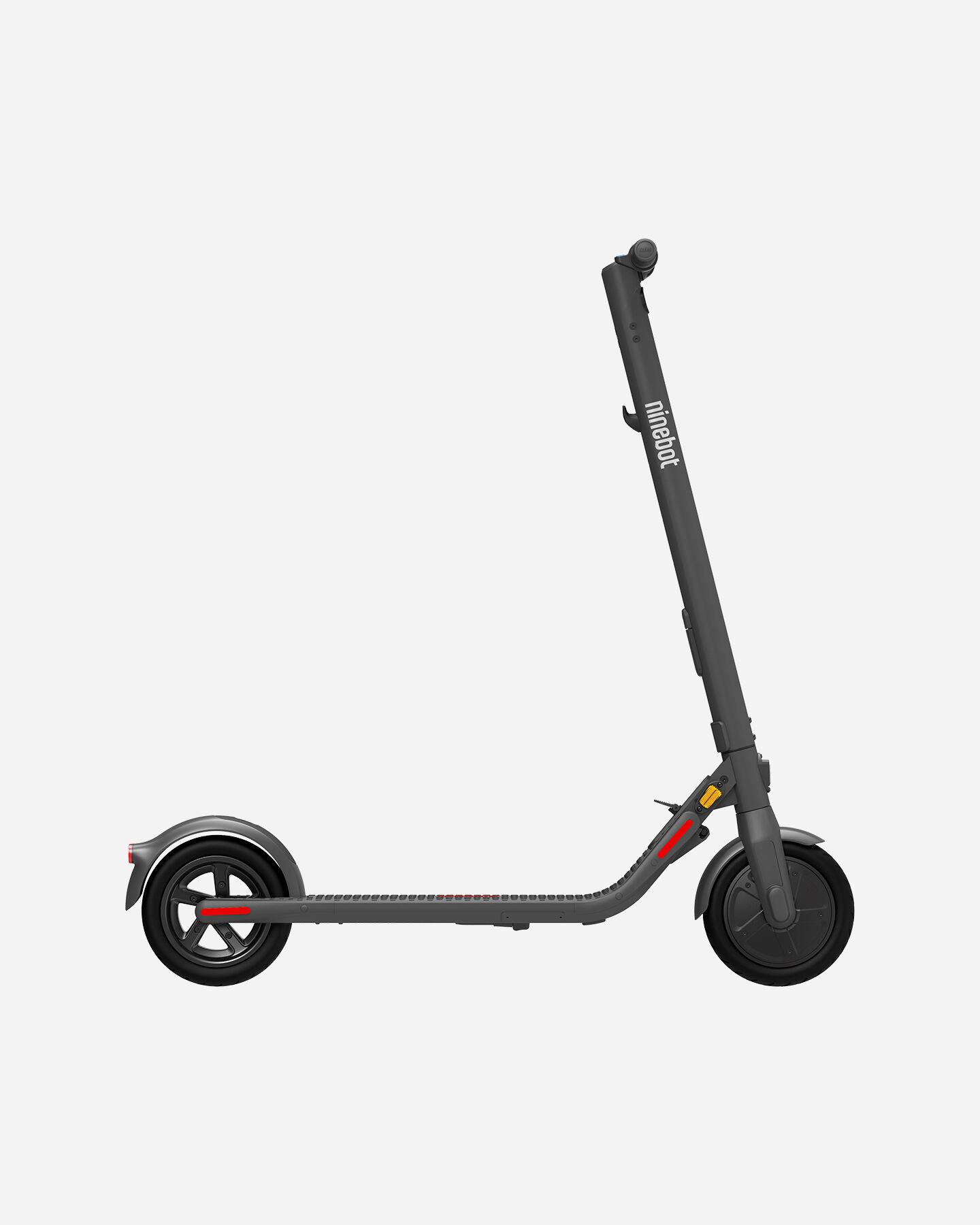 Scooter elettrico NINEBOT SEGWAY E22E S4084646|1|UNI scatto 0