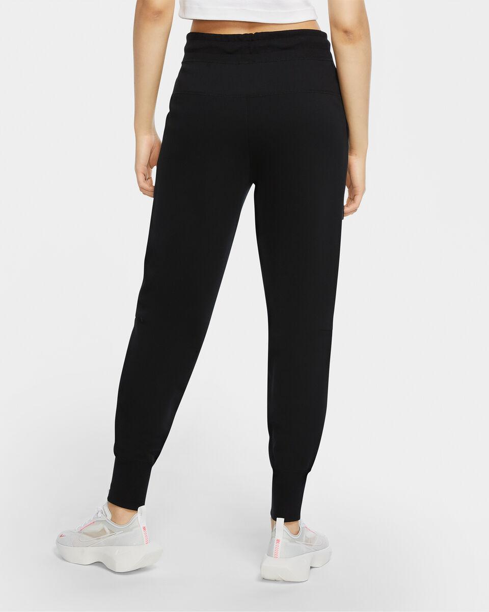 Pantalone NIKE TECH FLEECCE W S5223407 scatto 3