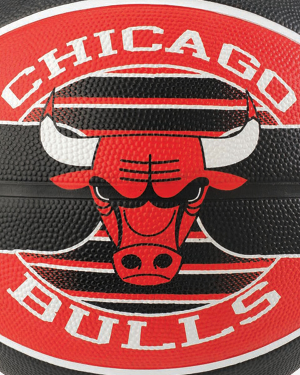 Pallone basket SPALDING NBA TEAM BALL CHICAGO BULLS MIS.7 S1317852 1 7 scatto 1