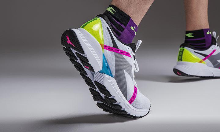 DIADORA: sneakers, abbigliamento e scarpe running | Cisalfa