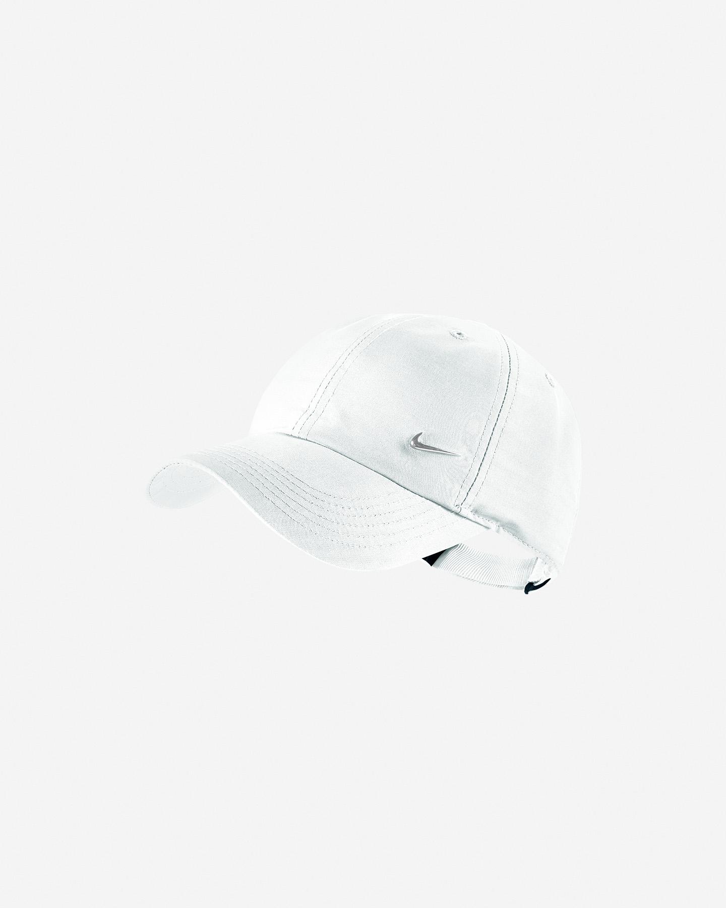 bf86ac486e Cappellino NIKE SWOOSH JR Cappellino NIKE SWOOSH JR. Nike cappellino con  visiera ...